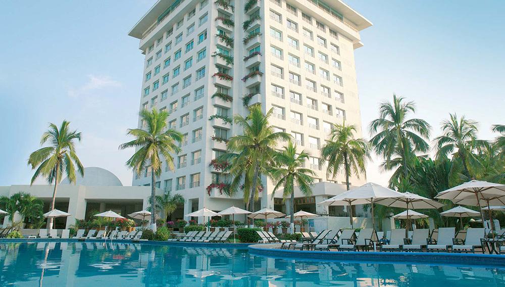 1_hotel_emporio_ixtapa